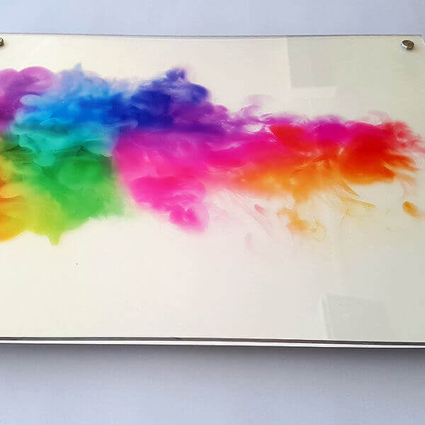 Acryldruck mit Abstanshalter für die Wandmonatge, zb. als Firmenschild