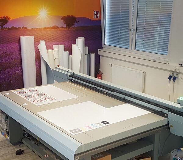 Arizona Drucker in unserer Produktionshalle