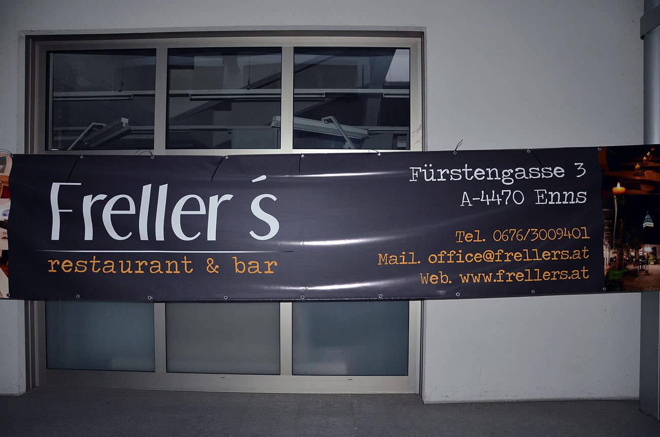 Frellers das Haubenrestaurant aus Enns hat sich eine Bannerplane bedrucken lassen