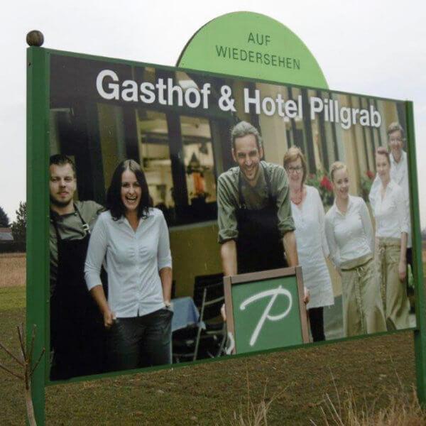 Hotel Pillgrab Plakataufsteller - Auf Wiedersehen Schild