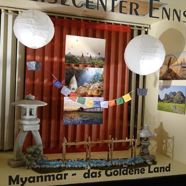 Myanmar Schriftzug und bedruckte Platten von der color4life Druckerei