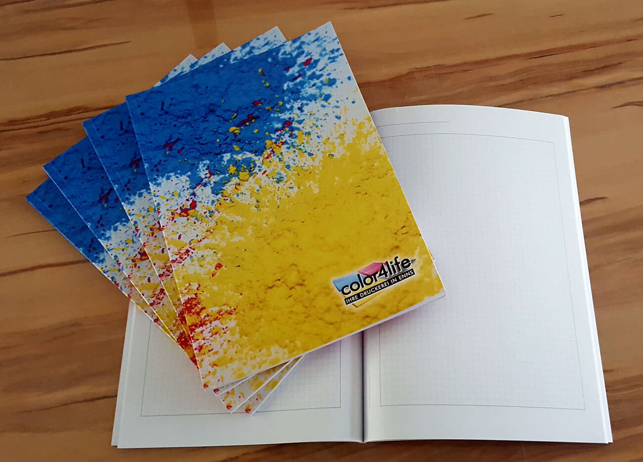 Softcover Buchbindungen die günstige Druck Alternative