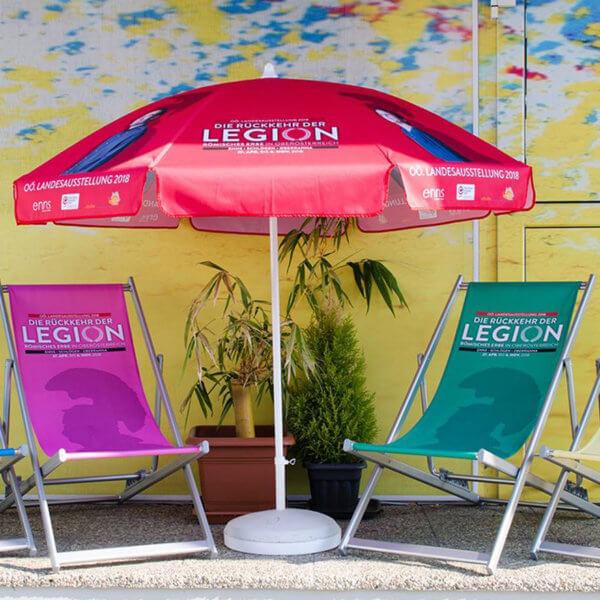 Sonnenschirme und Liegestühle für die Landesausstellung 2018 produziert von color4life